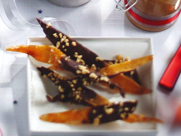 Cáscaras de toronja confitadas con jarabe de maple