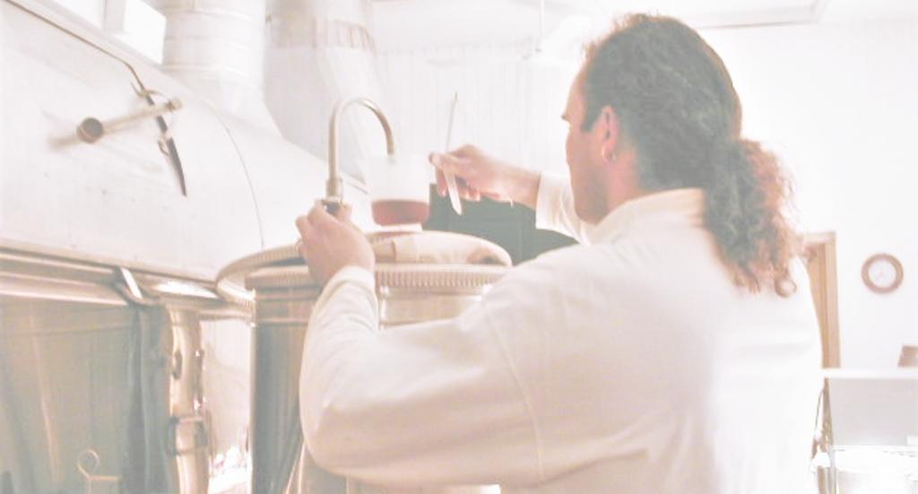 Equipo producir jarabe maple